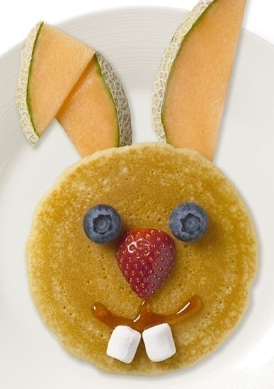 3) Start your day with these funny-bunny pancakes.