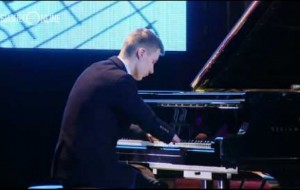 This Russian teenagers plays piano with NO HANDS!